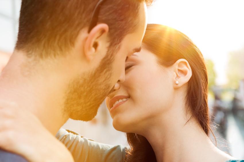 Dating seiten erster kontakt